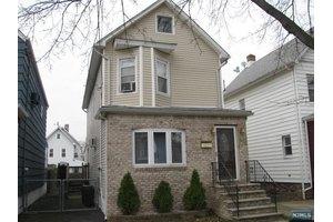 503 Hickory St, Kearny, NJ 07032