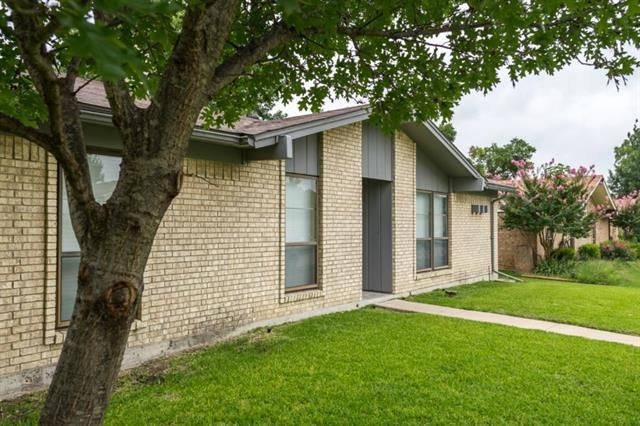 610 Woodcastle Dr Garland, TX 75040