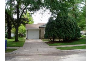 1175 Tilkens St, City of Green Bay, WI 54304