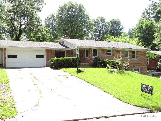 1208 Major Dr, Jefferson City, MO 65101