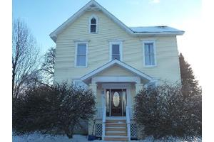 704 W Washington Ave, Alpena, MI 49707
