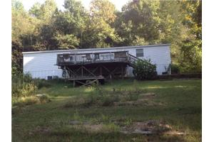 2056 Hill Station Rd, Columbia, TN 38401