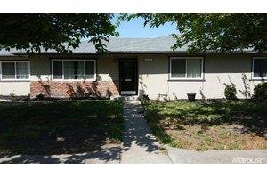 1826 Leonard Ave, Dos Palos, CA 93620