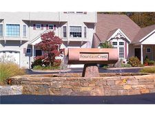 20 Fountain Dr, Westerly, RI 02891