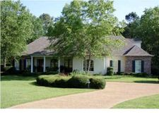 108 Chantilly Dr, Madison, MS 39110