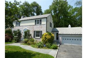 20 Bonnie Way, Larchmont, NY 10538