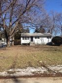 1355 S Oakland Ave, Villa Park, IL 60181