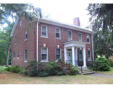 57 Walnut St, Harvard, MA 01451