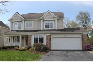 1521 Summerhill Ln, Cary, IL 60013