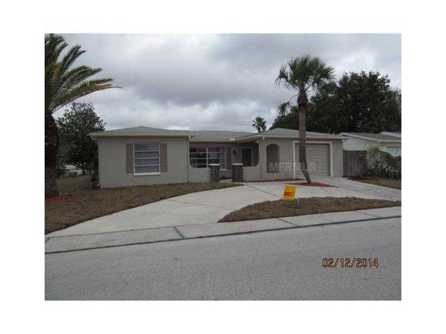 8405 Newton Dr, Port Richey, FL