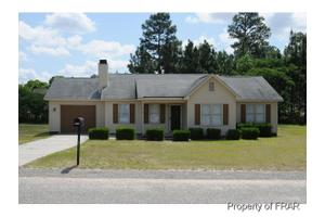 6316 Chagrin Rd, Fayetteville, NC 28311