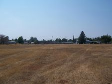 Hawthorne Ave, Anderson, CA 96007