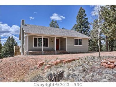 570 Pinewood Rd, Florissant, CO
