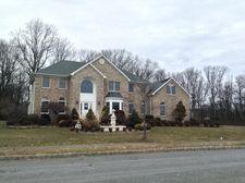 4 Cedar Gate Rd, Denville, NJ 07834