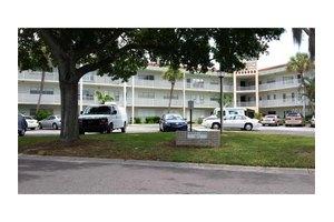 2071 Australia Way W Apt 45, Clearwater, FL 33763