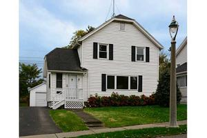 55 Parkview Ter, Irondequoit, NY 14617