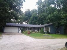 211 Engle Lake Rd W, Ligonier, IN 46767