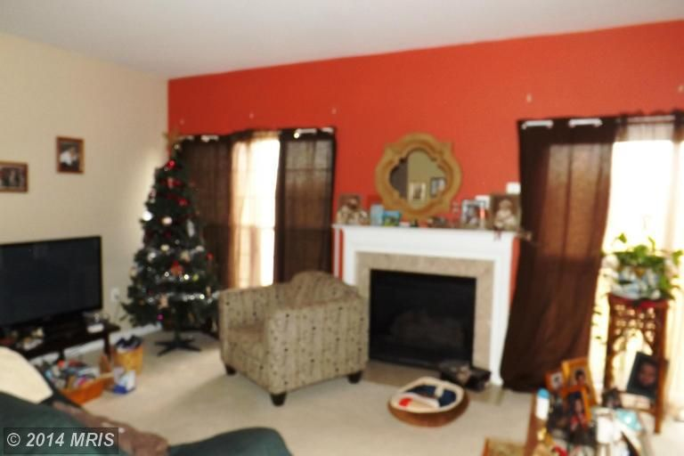 230 whitman ln inwood wv 25428 for Dining room inwood wv