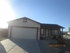 761 Picasso Ct, Sun Valley, NV 89433