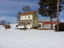94 W Adamsdale Rd, Rd, PA 17972