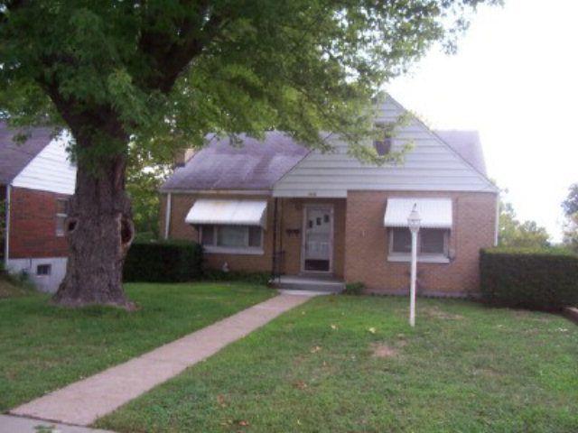 119 Riverside Dr, Jefferson City, MO 65101