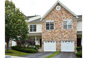 177 Fringetree Dr, West Chester, PA 19380