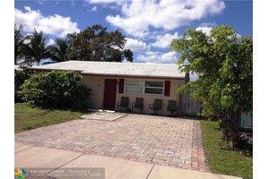 3711 NE 15th Ter, Pompano Beach, FL 33064
