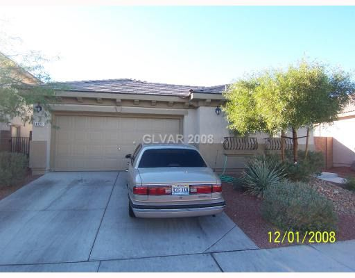 8121 Chimney Bluffs St, North Las Vegas, NV 89085