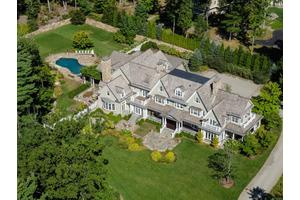 Photo of 44 Mooreland Road,Greenwich, CT 06831