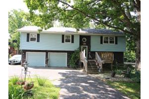 1457 W Pershing Rd, Decatur, IL 62526