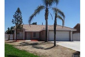 8825 Almeria Ave, Fontana, CA 92335