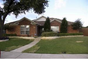 1570 Glenmore Dr, Lewisville, TX 75077
