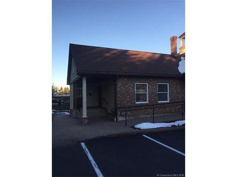35 Waterville Rd, Avon, CT 06001