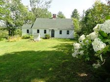 126 Simon Hill Rd, Effingham, NH 03882