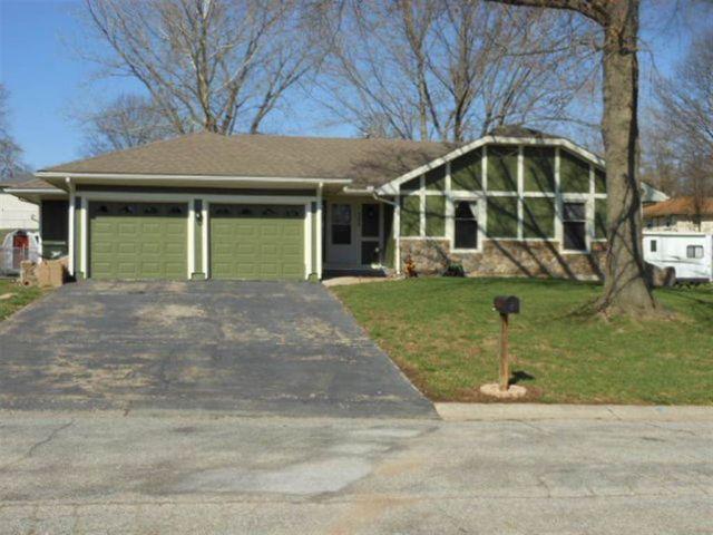 306 Birch St, Warrensburg, MO 64093