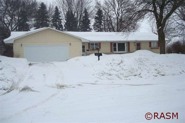 306 9th St, Westbrook, MN 56183