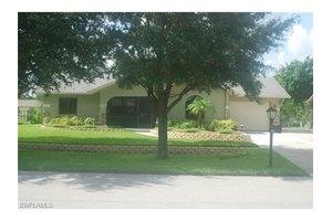 11704 Forest Mere Dr, Bonita Springs, FL 34135