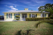 9637 Se Sharon St, Hobe Sound, FL 33455