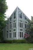 32 Weaver Rd, Zionsville, PA 18092