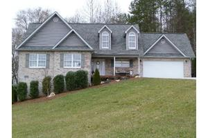 309 Branch Ln, Clinton, TN 37716