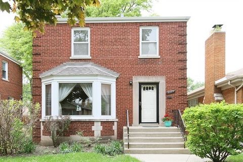 9730 S Oakley Ave, Chicago, IL 60643
