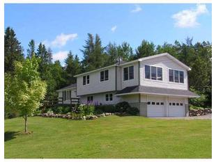 20 Ledge Hill Rd, Easton, ME