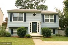 7844 E Shore Rd, Pasadena, MD 21122