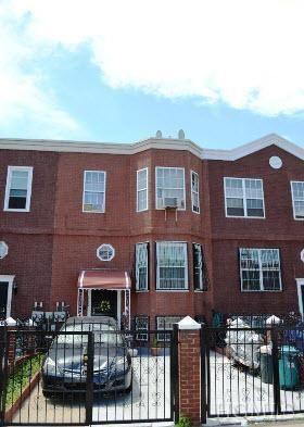 1023 Kelly St, Bronx, NY 10459