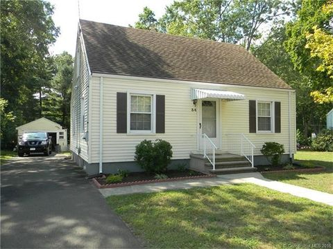 34 Monroe St, North Haven, CT 06473