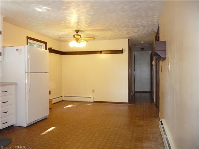 35 Donna St Enfield Ct 06082