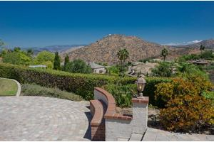 17911 Vista Lomas Dr, Poway, CA 92064
