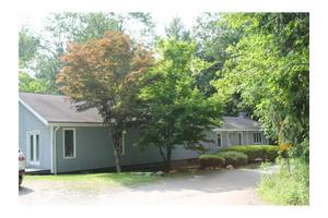 49 Lakeview Dr, Holmes, NY 12531