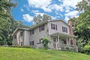 13499 Mount Olivet Rd, Stewartstown, PA 17363