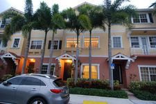 295 Ne 5th Ave Apt 21, Delray Beach, FL 33483